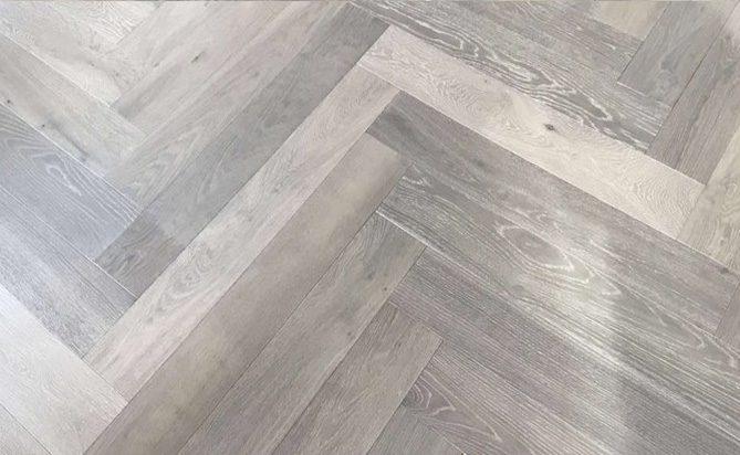 600mm Length Herringbones Engineered Oak Flooring